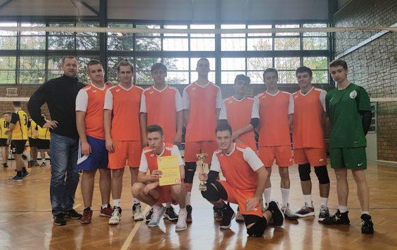 Mistrzostwa Powiatu w piłce siatkowej w ramach Licealiady – I i II miejsce